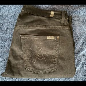 7 For All Mankind - Size: 34